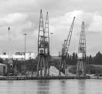 Ellesmere_Port_Docks_4.jpg